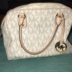 Michael Kors beautiful white bag